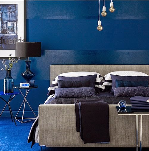 Maries Manor: Monochromatic Color Schemes