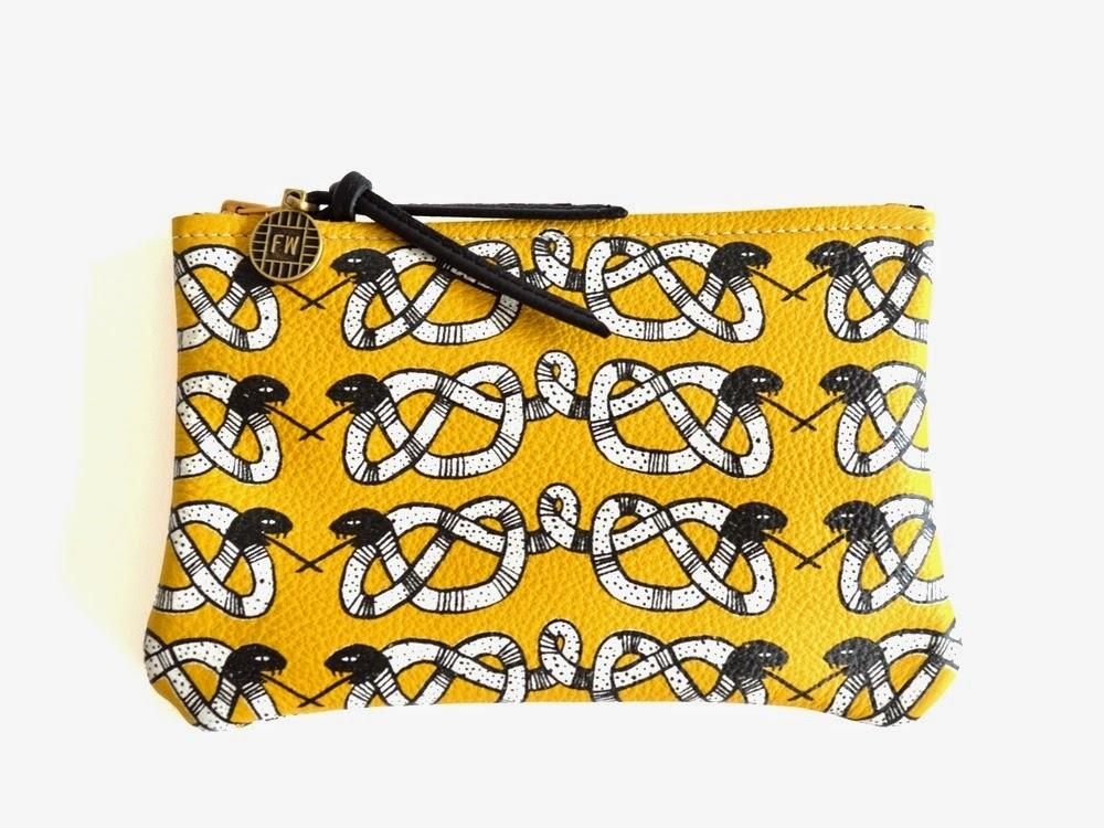 uk style blog snake print clutch