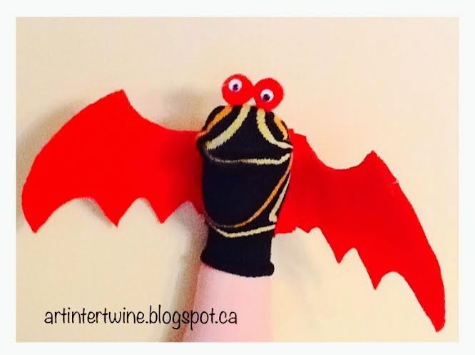 Art Intertwine - Dragon Sock Puppets