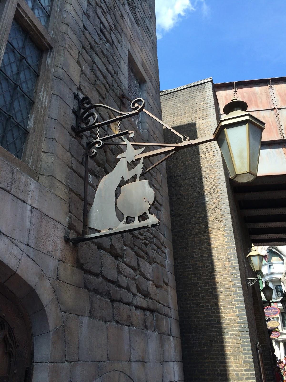 Alexis's Gluten Free Adventures: Leaky Cauldron - Universal Studios Florida