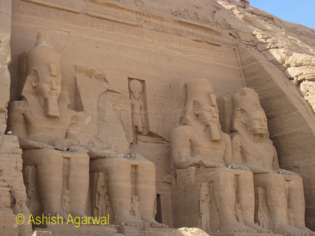 View of the 4 statues at the entrance to the Abu Simbel temple in lower Egypt