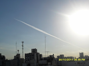 Chemtrail Cruzando Toda Cap Fed Bs As Arg