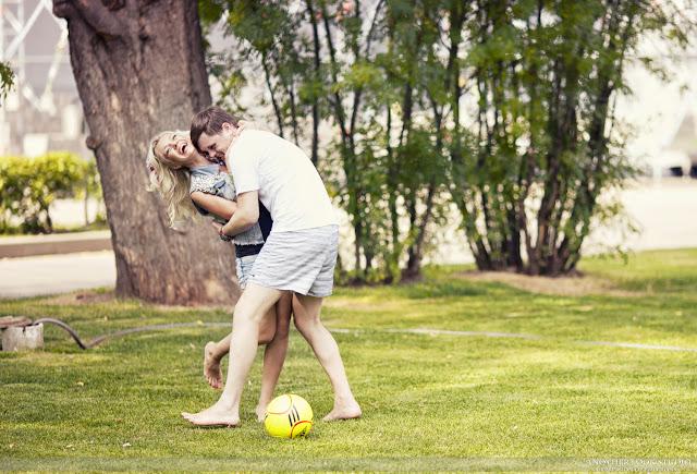Фотосессия с футбольным мячем