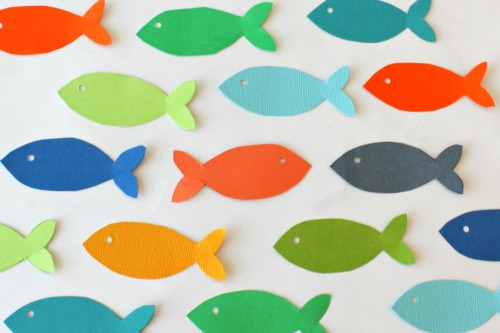 colorful fish mobile #baby room #nursery #paper #diy #craft