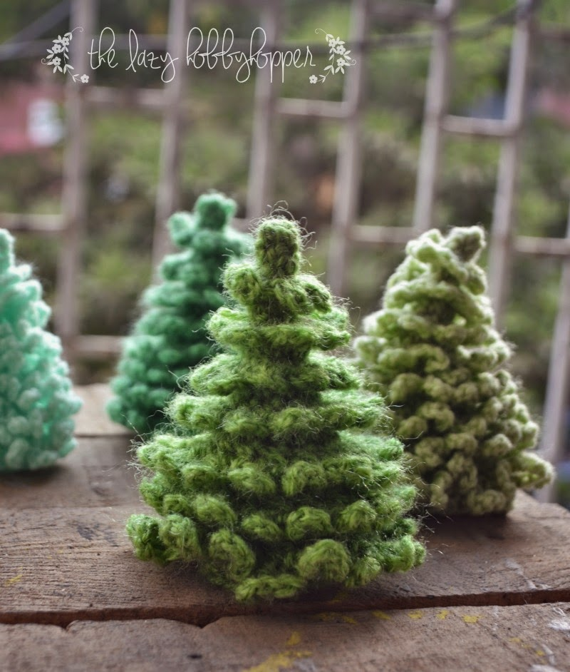 Free Crochet Patterns For Xmas Trees : The Lazy Hobbyhopper: Crochet Christmas Tree - free pattern
