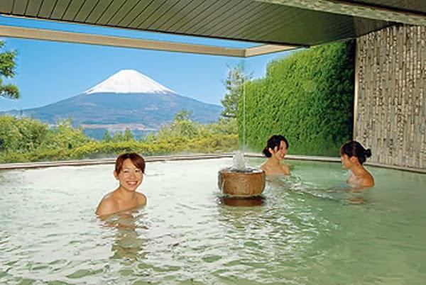 Sebelum Masuk ke Onsen, Ketahui Dulu Hal-Hal Ini