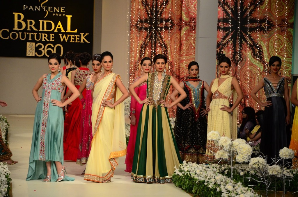 New Fashion Lay Latest Fashion Trend New Bridal Groom