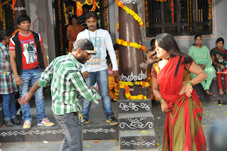 Dula Seenu Working Stills