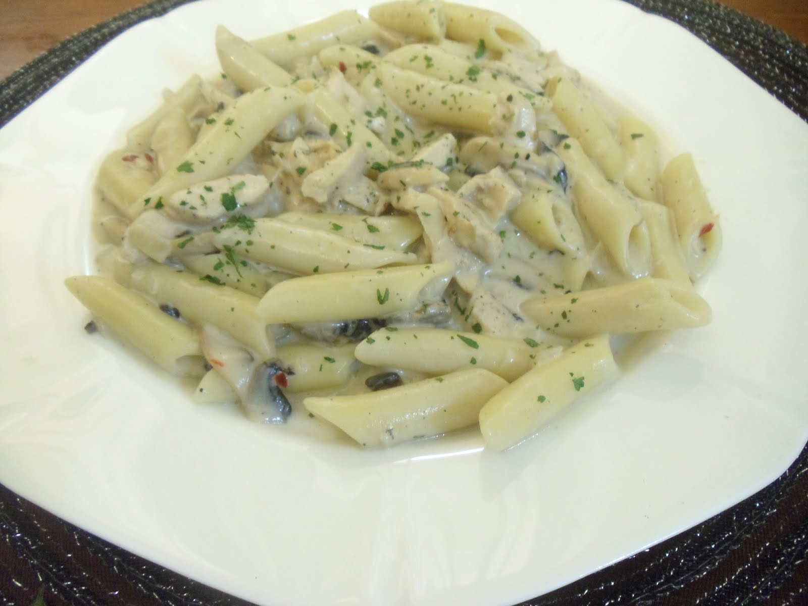 Cheries Stolen Recipes Chicken And Mushroom Pasta In White Sauce