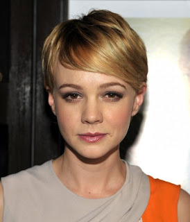 Short Pixie Haircuts for Women 12
