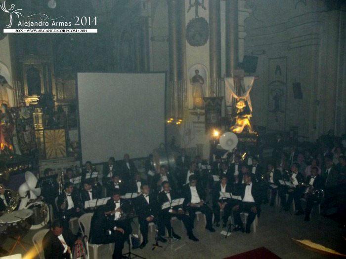 Arcangelcorp concierto anual de marchas f nebres en santo for Concierto hoy en santiago