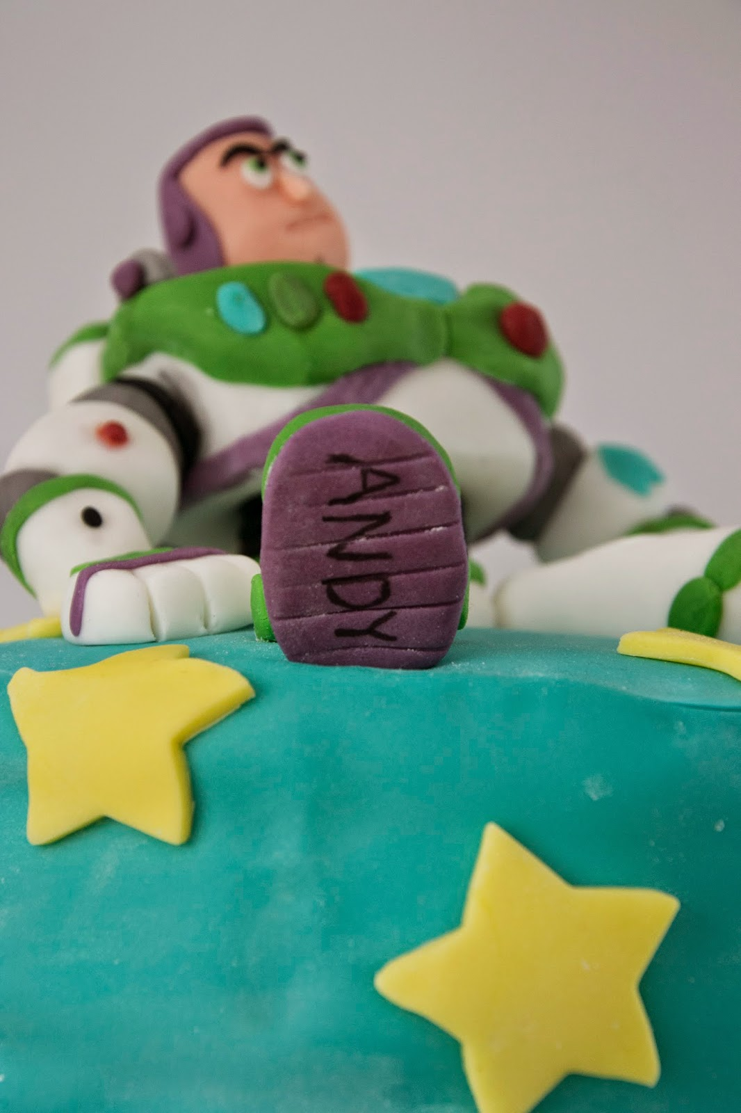 Buzz Lightyear Cake Andy Written on the foot