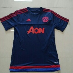 Toko Jersey Bola Training Manchester United di Batam