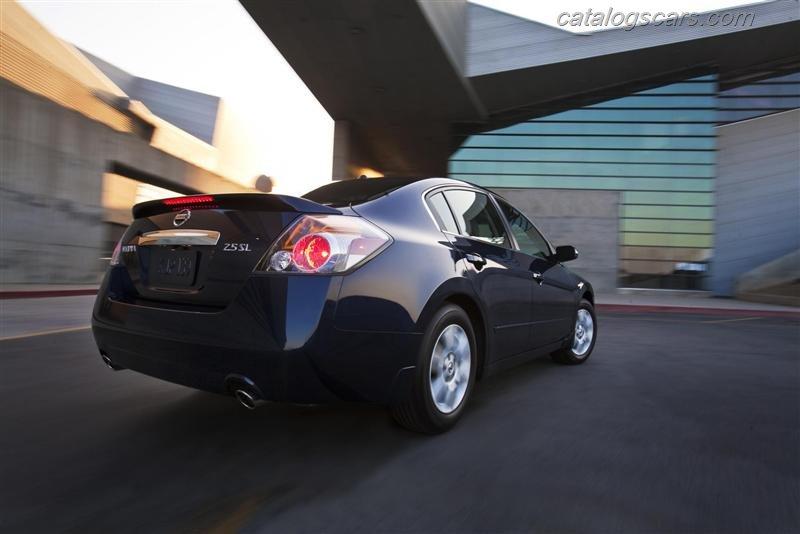 صور سيارة نيسان التيما 2012 - اجمل خلفيات صور عربية نيسان التيما 2012 - Nissan Altima Photos Nissan-Altima_2012_800x600_wallpaper_10.jpg