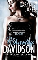 http://lachroniquedespassions.blogspot.fr/2014/09/charley-davidson-tome-2-deuxieme-tombe.html
