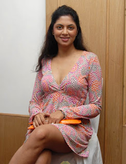 Kavitha Kaushik Item song in Zanjeer movie
