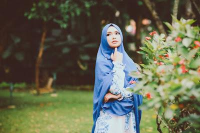 7 Fashion Busana Muslimah Terbaru