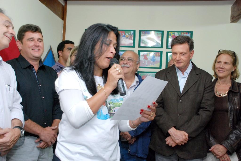 Diretora Ana Lídia Figueiredo: espaço adequado para o ensino de qualidade