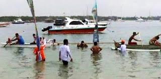 lomba tarik tambang dengan kapal