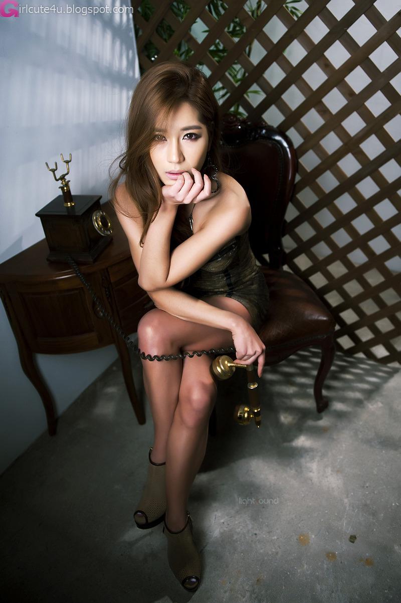 CD BIKINI: Model Jun Ji-hyun