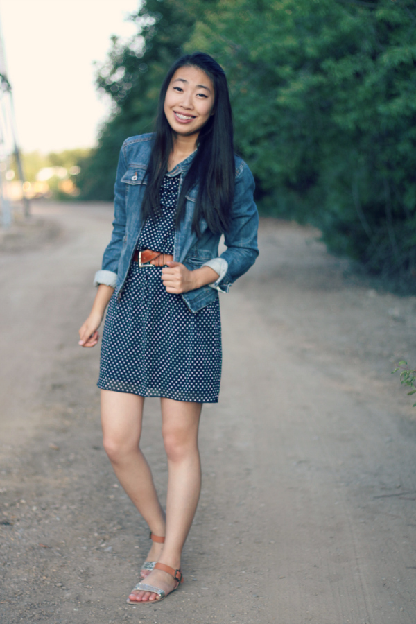 jean jacket outfit//target glitter sandals