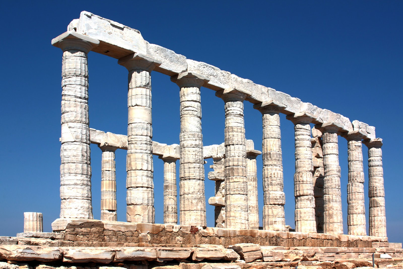 The Bitch is back: Temple of Poseidon at Cape Sounion