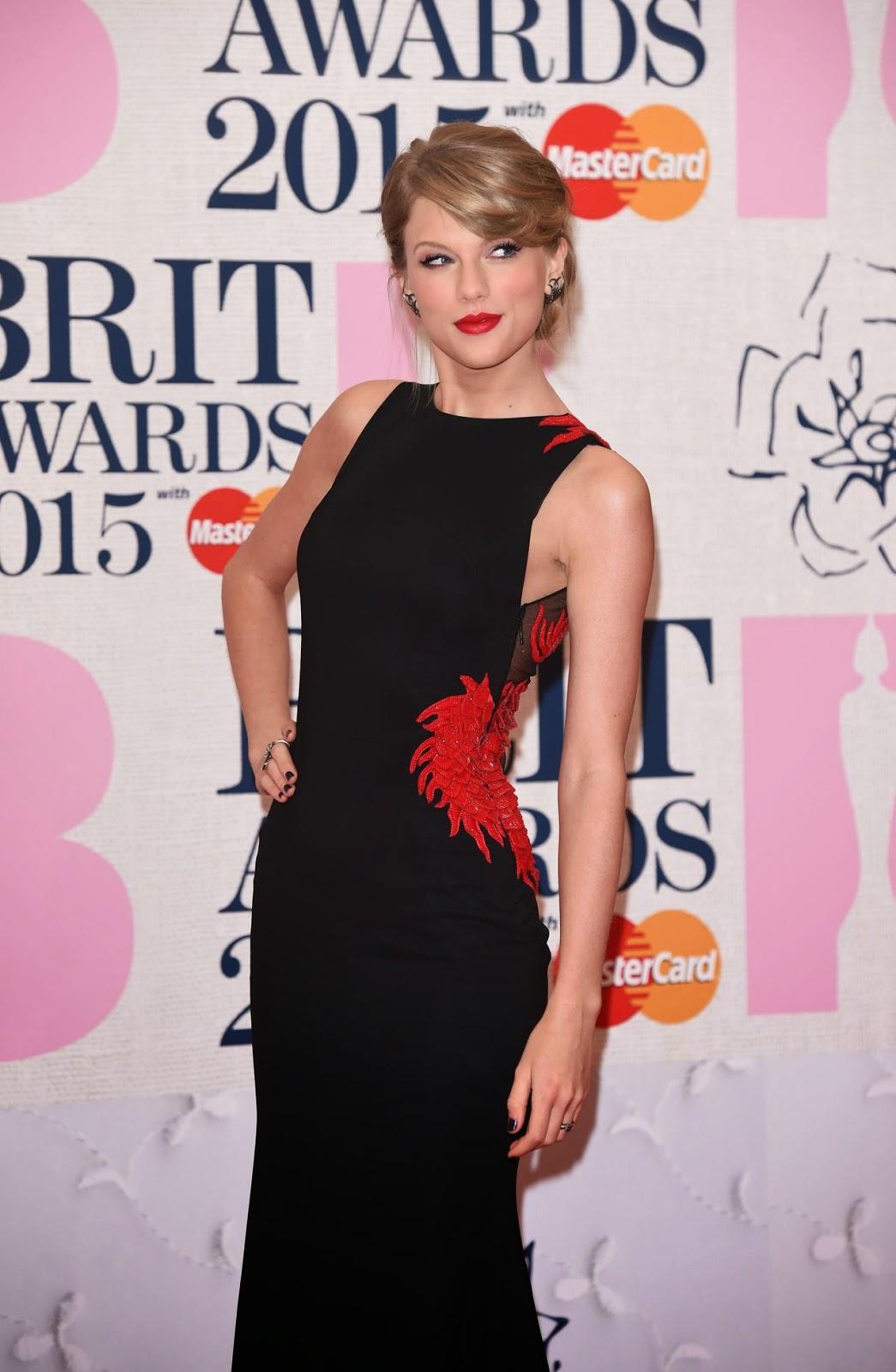 Taylor Swift – 2015 BRIT Awards in London