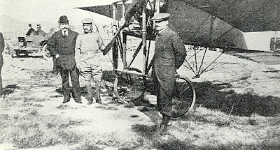 El propietari Mario García Cames, el pilot en Julien Mamet i el seu germà mecànic Lucien Mamet