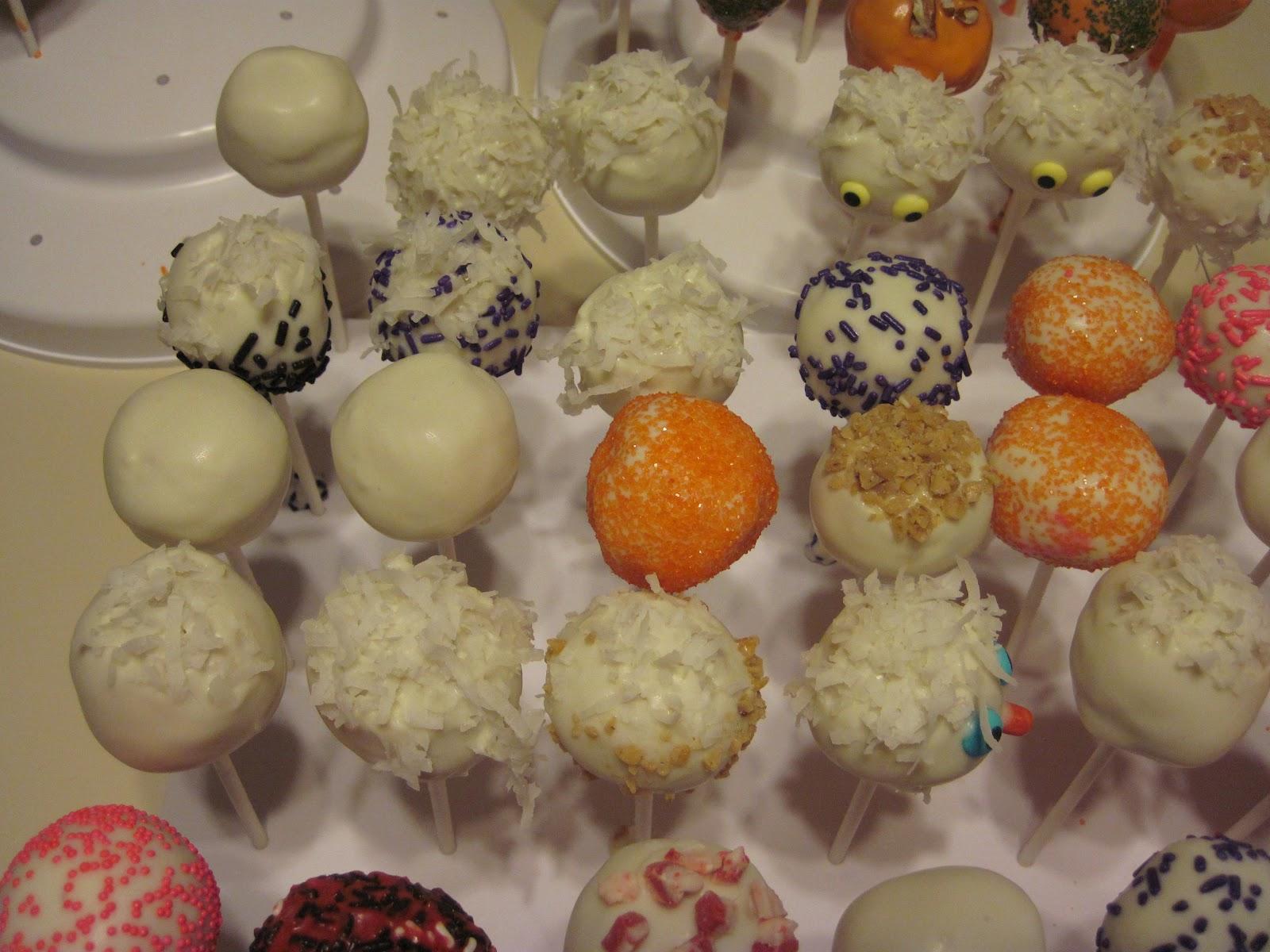 ... Cake Pops! Cowboy Creations!: Vanilla and Coconut Cream Cake Pops - 70