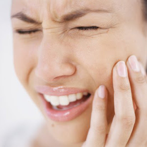 Toothache Relief Remedies - Tooth Pain Reliever at your Home