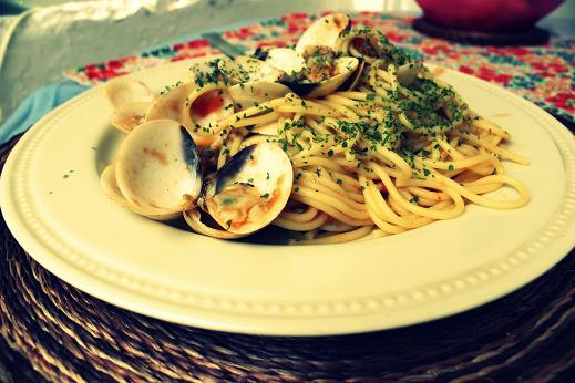 pasta with clams and anchovies