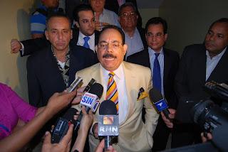 Periodista Guillermo Gómez presentara este domingo sorprendentes riquezas de funcionarios del gobierno y Fundación Global Democracia y Desarrollo