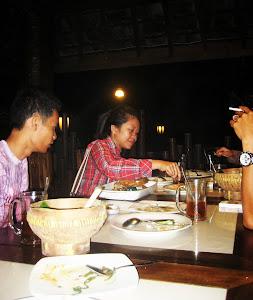 Makan2 Ikan Gorami