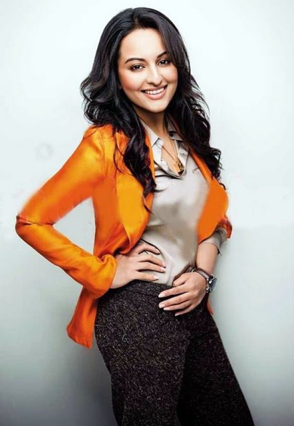 Sonakshi Sinha Sexy Image