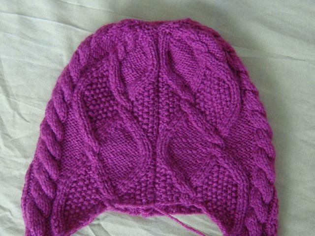 Lucru de mana crosetat, tricotat,margelit: Caciuli.