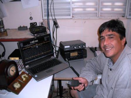 PY2YK NELSON - Em sua estação com o IC-718