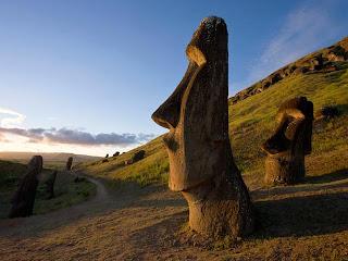Моаи, остров Пасха