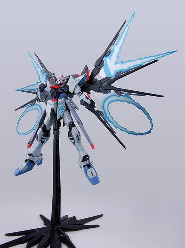 GUNDAM GUY: MG 1/100 Strike Freedom Gundam MECHANIC ...