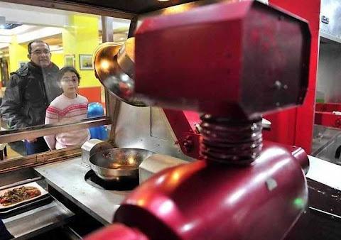 Uniknya Restoran Robot, Cina