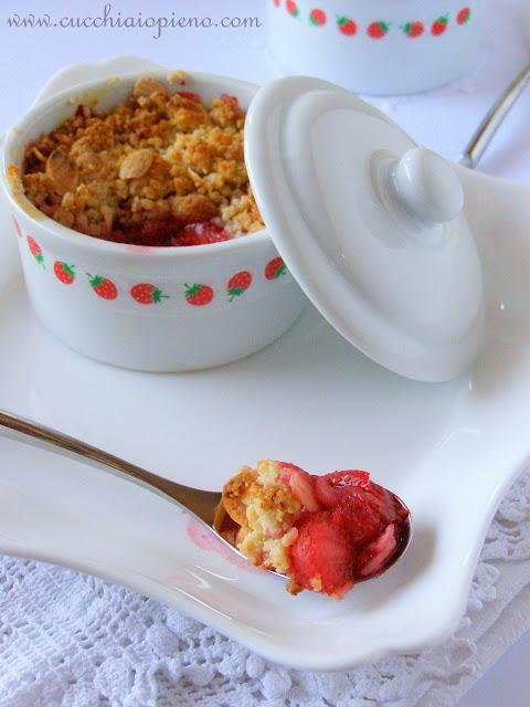 crumble de morango delicioso