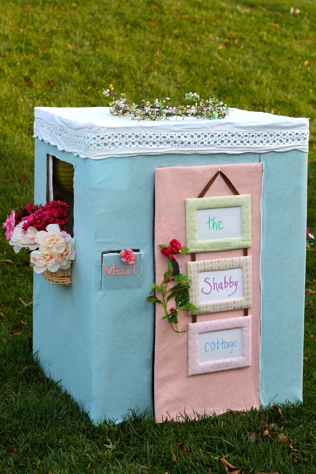 the shabby chic cottage diy cardboard box fun. Black Bedroom Furniture Sets. Home Design Ideas
