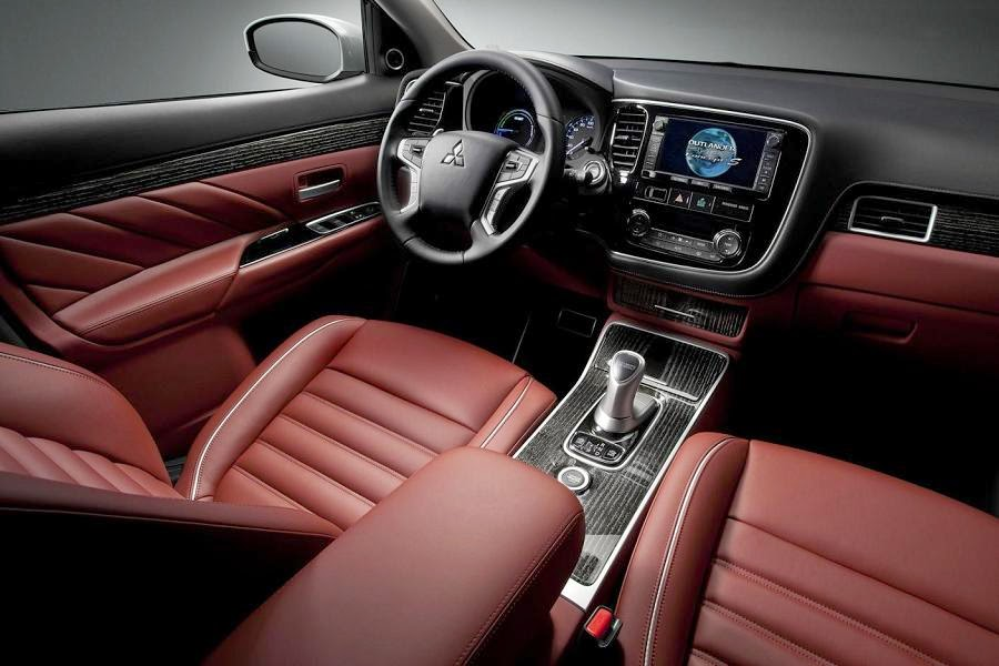Mitsubishi Outlander PHEV Concept-S (2014) Interior