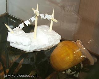 кораблик из пенопласта