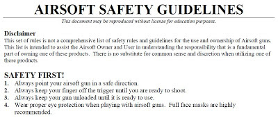 kemanan, airsoft, arah aman senapan, tangan jauh dari picu, senapan kosong, pelindung mata