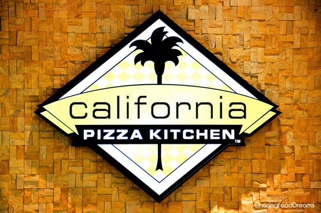 Does California Pizza Kitchen Tae Reservations