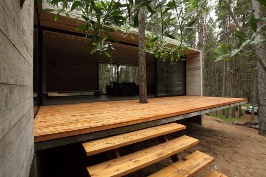 Superior JD House: BAK Architects