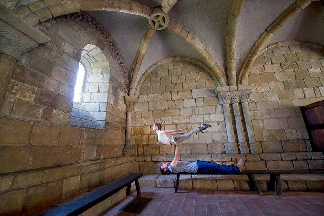 Natural Lighting, Acrobatic Yoga