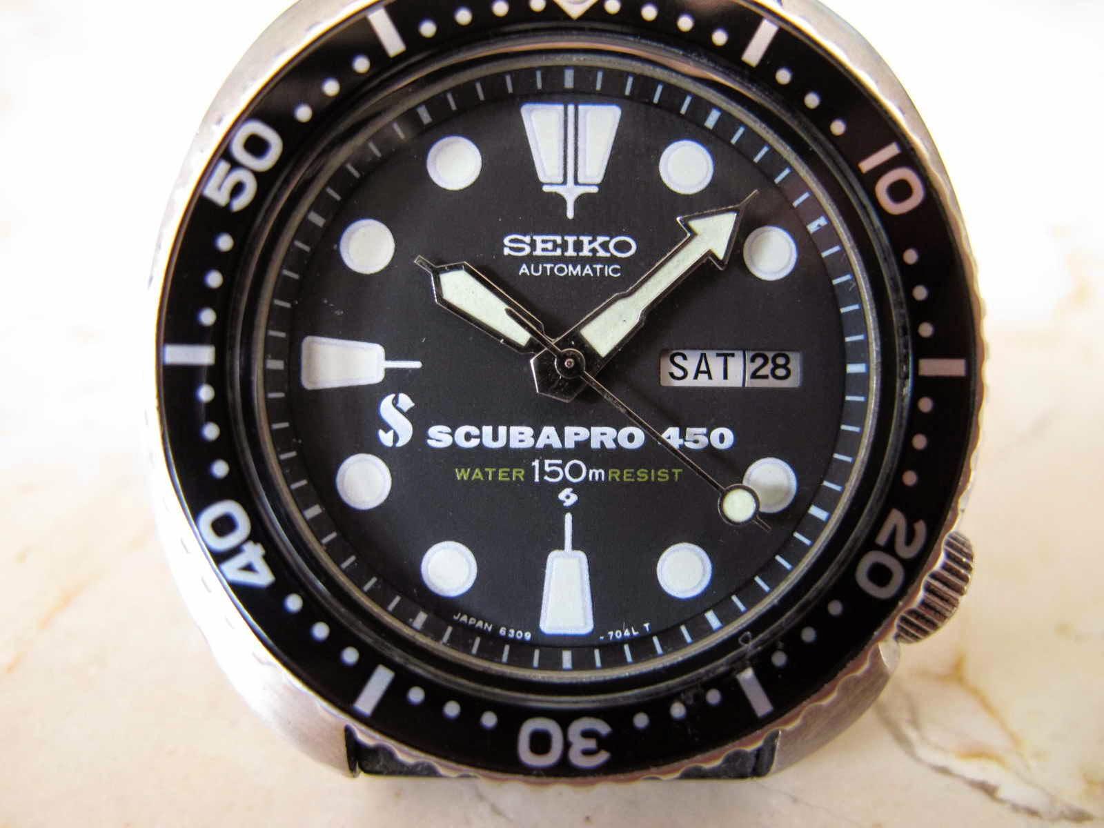 Cocok untuk Anda yang memang sedang mencari jam tangan dengan bentuk case Cushioned case SEIKO DIVER 6309 7049 SCUBAPRO Dial Seiko Diver Never e