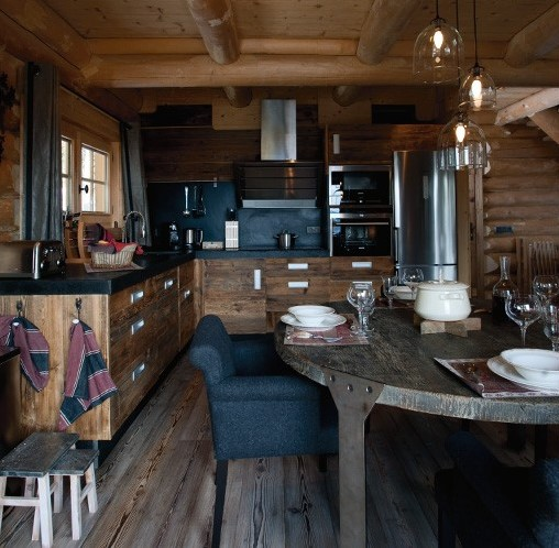 Boiserie c chalet tra tradizione e rinnovamento for Chalet arredamento