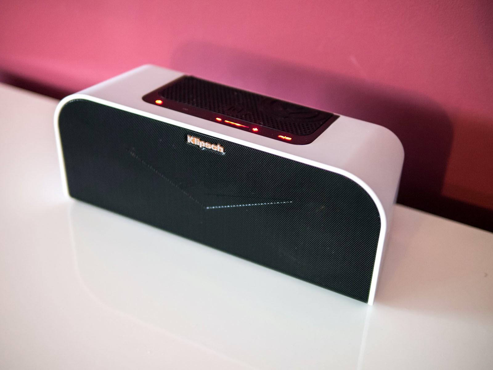 oluv 39 s gadgets review klipsch kmc 1 the big letdown. Black Bedroom Furniture Sets. Home Design Ideas